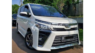 2019 Toyota Voxy Fullspec - Body Mulus