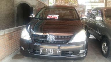 2008 Toyota Kijang Innova 2.0 G - Sangat Istimewa (s-0)