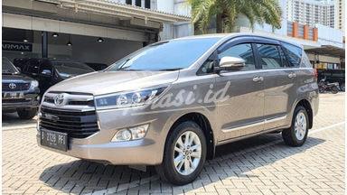 2018 Toyota Kijang Innova V - Mobil Pilihan