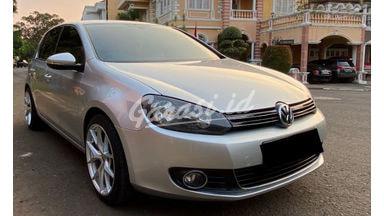 2012 Volkswagen Golf TSI - Like New