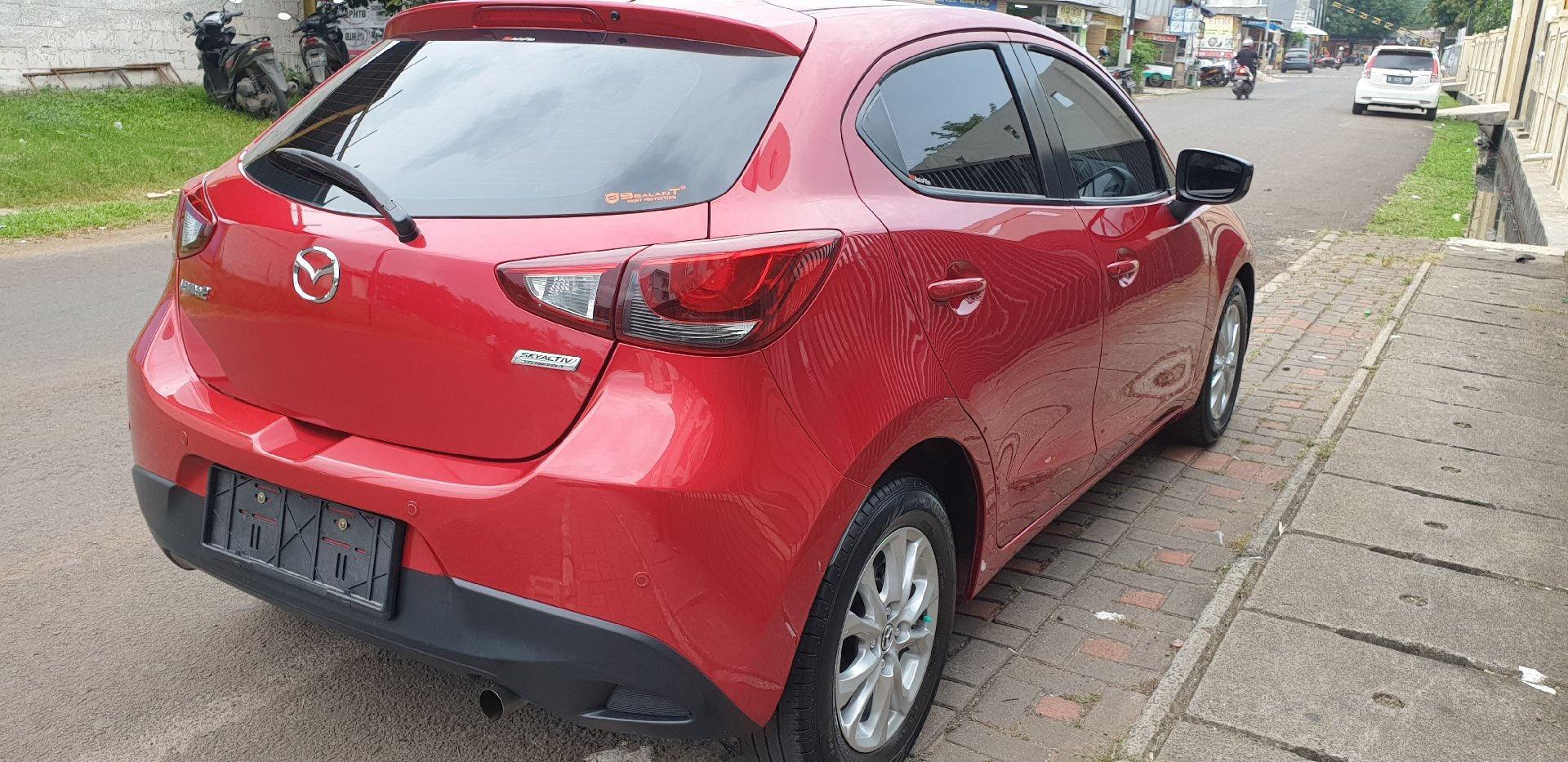 2016 Mazda 2 V