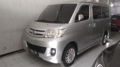 2012 Daihatsu Luxio X - Barang Istimewa (s-0)