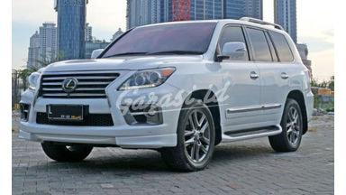 2013 Lexus LX LX570