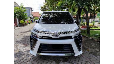 2018 Toyota Voxy 2,0