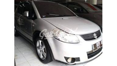 2009 Suzuki Sx4 mt - Harga Murah Tinggal Bawa