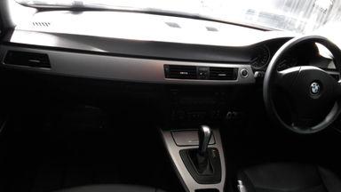2005 BMW 3 Series 320i - Kondisi Istimewa (s-1)