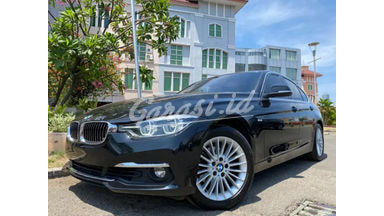 2018 BMW 320i Luxury F30