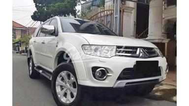 2014 Mitsubishi Pajero Sport Dakar 4X4 - Mobil Pilihan
