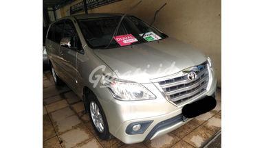 2014 Toyota Kijang Innova mt - SIAP PAKAI!