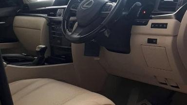 2016 Lexus LX 570 - Full Orisinal Seperti Baru (s-4)