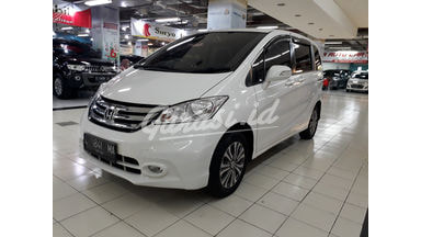 2015 Honda Freed E - Mobil Pilihan