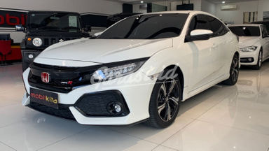 2017 Honda Civic hatchback Turbo - Mobil Pilihan