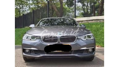 2018 BMW 320i 2.0 - Siap Pakai