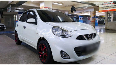 2014 Nissan March XS