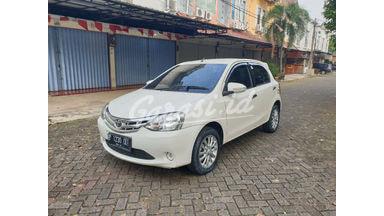 2014 Toyota Etios Valco E