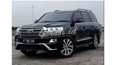 2014 Toyota Land Cruiser VXR 200 V8