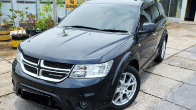 2014 Dodge Journey sxt platinum - Sound Antik