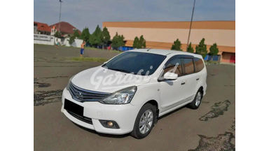 2014 Nissan Grand Livina XV - Mobil Pilihan