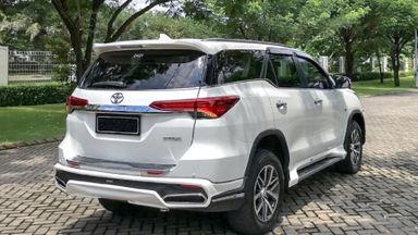 2016 Toyota Fortuner SRZ - Mobil Pilihan (s-2)