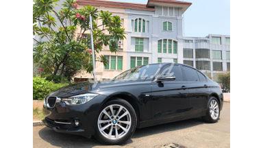 2016 BMW 3 Series 320i Sport LCi - Mobil Pilihan