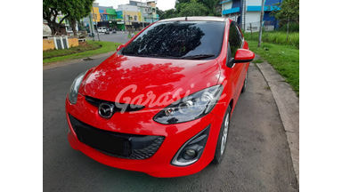 2013 Mazda 2 R - Sangat Istimewa