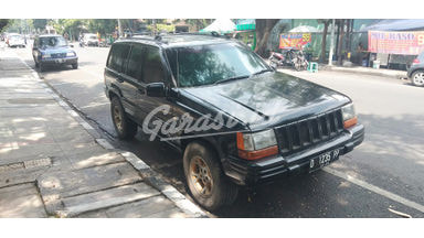 2001 Jeep Grand Cherokee limited - Mulus Siap Pakai