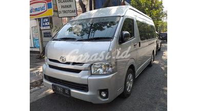 2014 Toyota Hiace commuter - Body Mulus