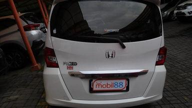2013 Honda Freed PSD 1.5 AT AC DOUBLE - Barang Istimewa Dan Harga Menarik (s-10)