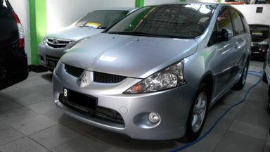 2009 Mitsubishi Grandis 2.0 - SIAP PAKAI !