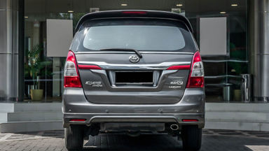 2014 Toyota Kijang Innova V 2.0 - Mobil Pilihan (s-3)