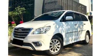 2014 Toyota Kijang Innova V - Mobil Pilihan