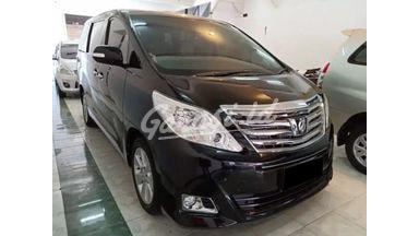 2014 Toyota Alphard 2.4 G - Mobil Pilihan