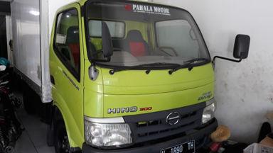 2012 Hino Dutro 110 SDL - Siap Pakai (s-1)