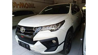 2017 Toyota Fortuner vrz - Mobil Pilihan