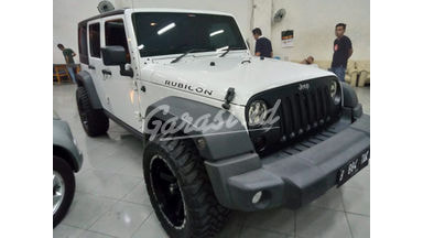 2014 Jeep Wrangler Unlimited Rubicon - Terawat Tinggal Pakai Saja