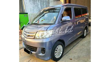 2010 Daihatsu Luxio M - siap pakai