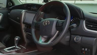 2018 Toyota Fortuner TRD Sportivo Diesel  AT - Mobil Pilihan (s-5)
