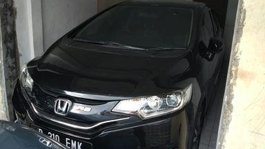 2015 Honda Jazz RS 1.5 AT - Barang Istimewa Dan Harga Menarik