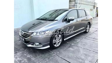 2012 Honda Odyssey 2.4 - Siap Pakai