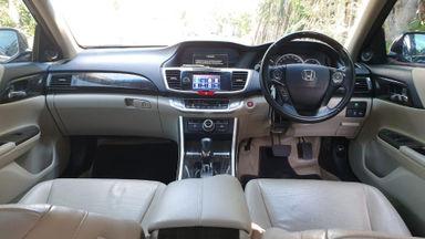 "2013 Honda Accord VTIL Automatic - ""KM 32rb"" Record Service (s-8)"