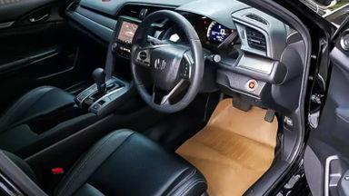 2018 Honda Civic 1.5 Turbo - Mobil Pilihan (s-5)