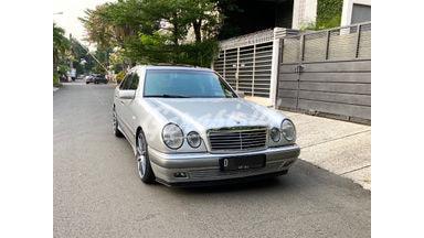 """1997 Mercedes Benz E-Class E32"""""""