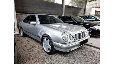 1998 Mercedes Benz E-Class E320 Elegance