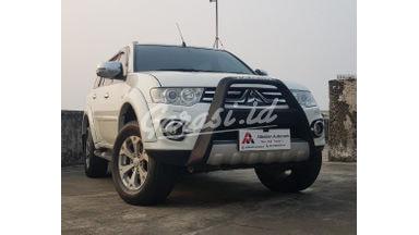 2014 Mitsubishi Pajero Sport Dakar VGT 4x2 - Unit Istimewa