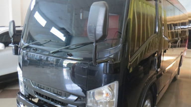 2018 Isuzu Elf Minibus long - Barang Mulus