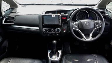2016 Honda Jazz RS 1.5 AT - Mobil Pilihan (s-4)