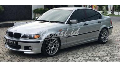 2003 BMW i 318i
