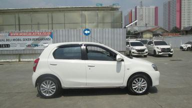 Jual Mobil Bekas 2015 Toyota Etios Valco E Jakarta Pusat 00b0905
