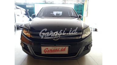 2013 Volkswagen Tiguan TSI Hi-Line - Terawat Servis Record Resmi
