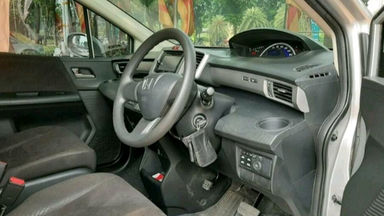 2014 Honda Freed PSD - istimewa (s-3)